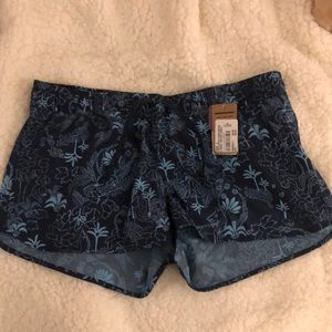 Patagonia shorts never worn with tags!